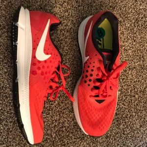 Nike zoom span running shoes red white great shape